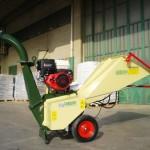 Manutenzione Aree Verdi con Trituratore  professionale